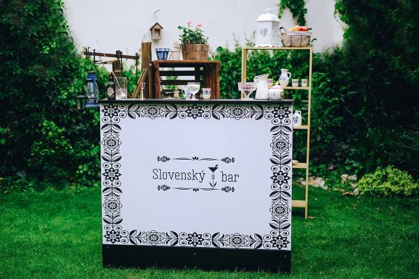 Slovenský prenosný bar plný tradícií