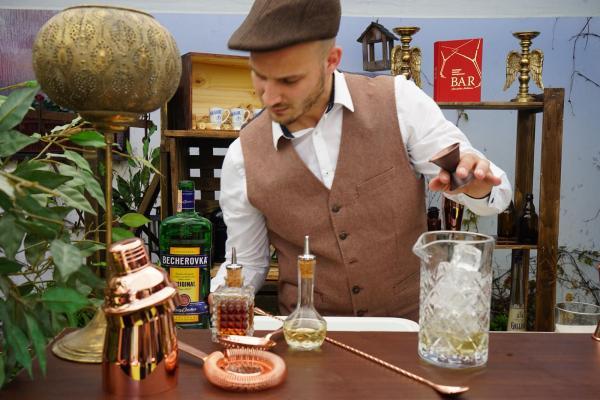 Apothéka bar - profesionálny bar catering